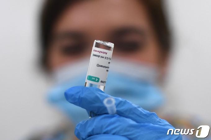 미국서 백신 접종 후 코로나 감염 5800건 발생…0.008%