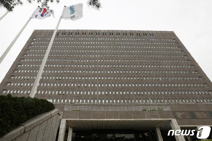 [사진] '총장후보' 이성윤 기소 되나…차기 검찰수장 안갯속