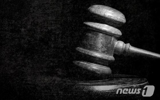고소득 작물 '민가시 개두릅' 묘목 공짜로 주고받은 공무원?시의원 벌금형