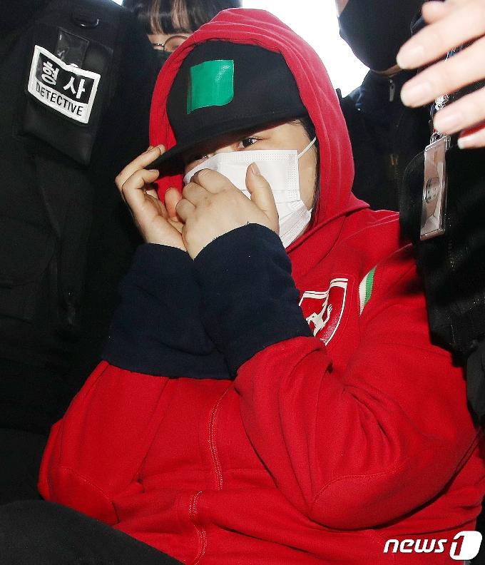 검찰, 출생신고도 않은 8살 딸 살해 친모에 징역 30년 구형