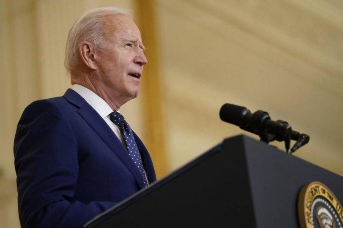 조 바이든 미국 대통령이 15일(현지시간) 백악관 이스트룸에서 러시아와 관련해 발언하고 있다. 2021.04.16. /AP=뉴시스