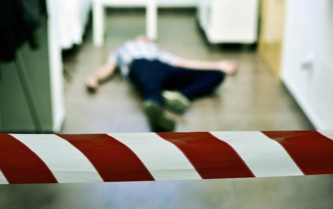 미국의 한 10대 소녀가 남자친구와 함께 자신의 아버지를 살해한 혐의로 경찰에 체포됐다. 사진은 기사 내용과 관련 없음. /사진=게티이미지뱅크