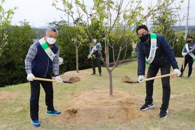 고리원자력본부 청렴다짐 나무심기