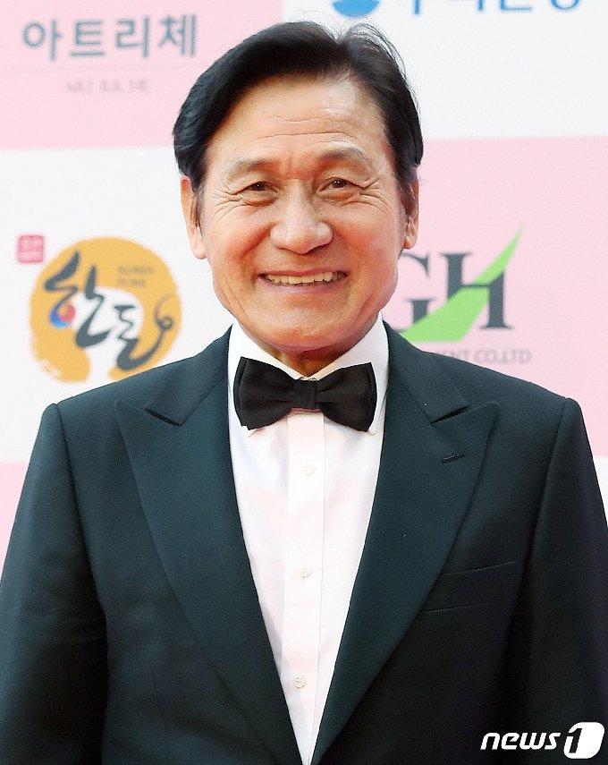 배우 안성기/뉴스1 © News1 김진환 기자