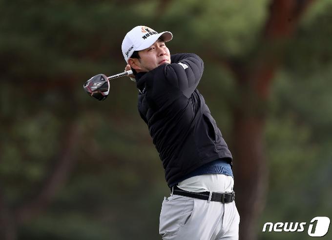 [사진] 김건하의 드라이버 티샷