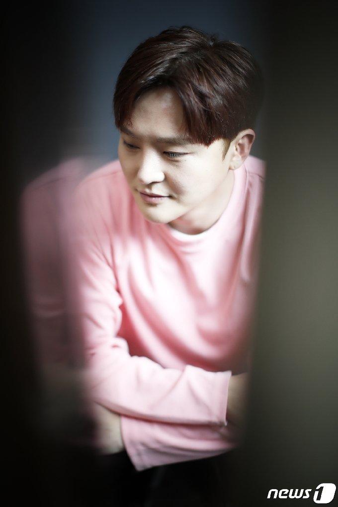 [사진] 이도진, 아이돌에서 '트롯왕자'로