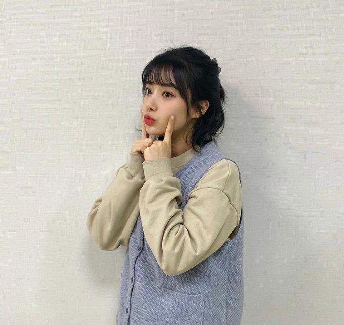 걸그룹 에이프릴의 전 멤버 이현주가 자신과 관련된 논란에 대해 직접 밝혔다. /사진=이현주 인스타그램