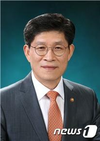 내일 첫 출근 노형욱 국토장관, 공시가·2·4대책 '조정능력' 관건