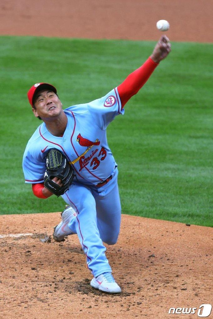 김광현은 18일(한국시간) 필라델피아전에서 3이닝 3실점을 기록했다. © AFP=뉴스1