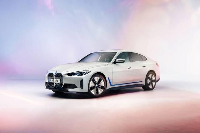 BMW i4/사진제공=BMW 그룹 코리아