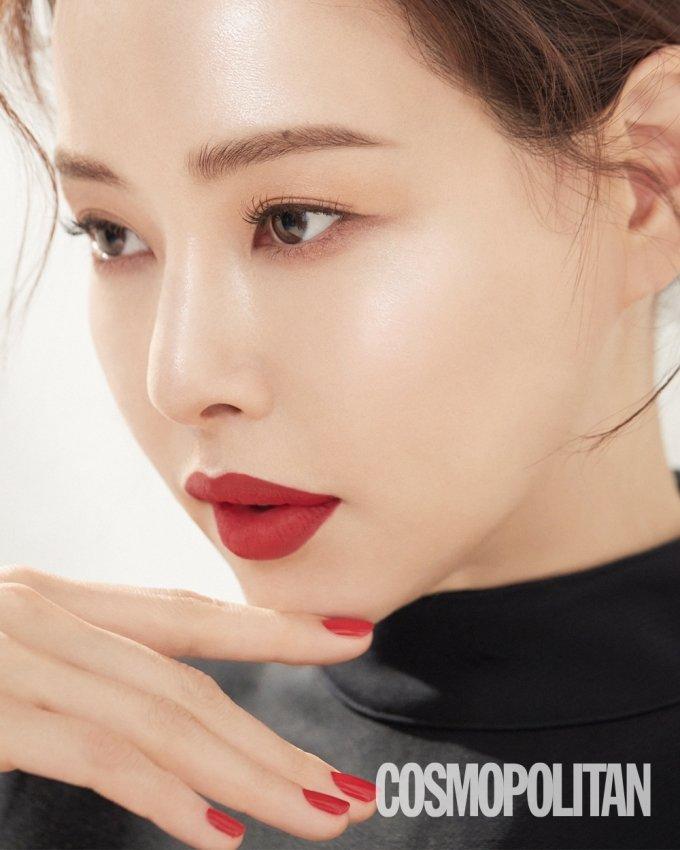 배우 이하늬/사진제공=코스모폴리탄
