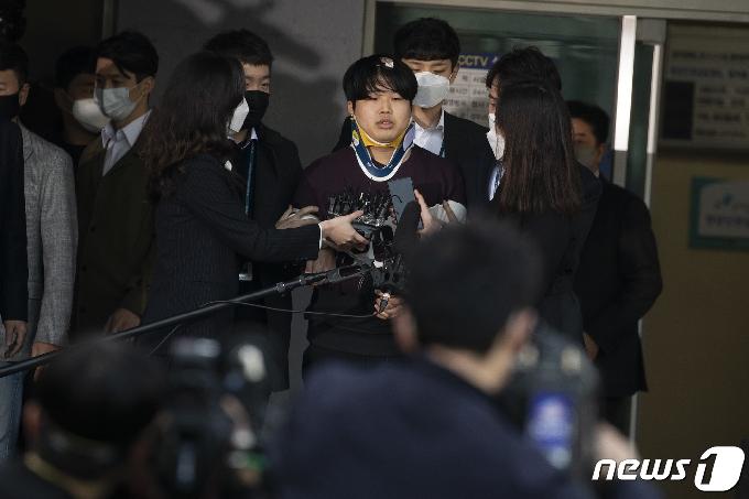 '성착취물 제작·유포' 조주빈 재판 마무리 수순…내달 결심
