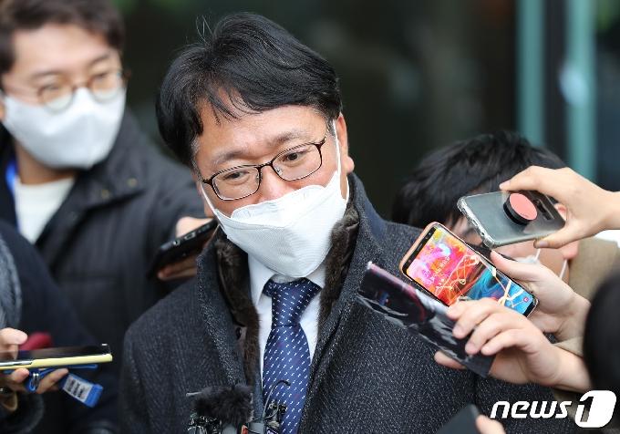 법무부, 윤석열 징계소송 변호인 선임…이옥형·이근호 변호사