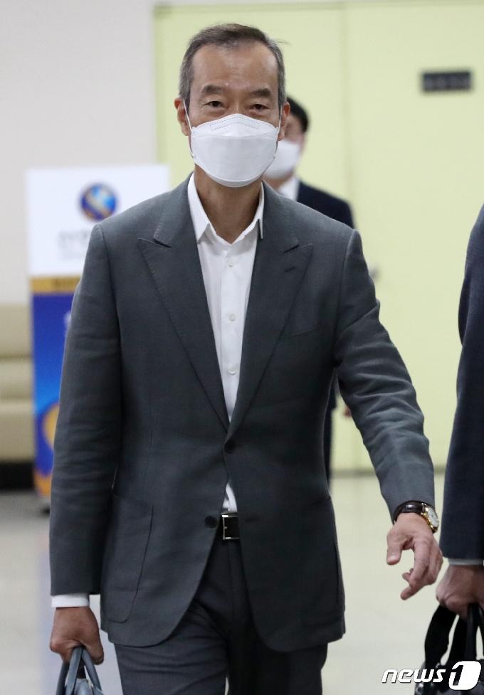 [사진] 법정 향하는 최치훈 삼성물산 사장