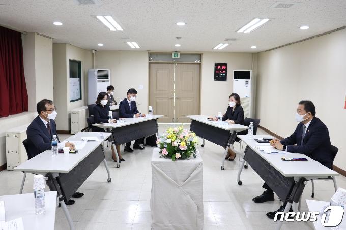 [사진] 경기북부보훈지청 방문한 황기철 처장
