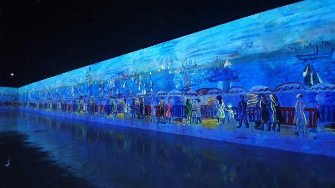 22일 제주 서귀포시 성산읍 고성리 '빛의 벙커'에서 열린 '모네, 르누아르…샤갈' 전시./사진=한민선 기자