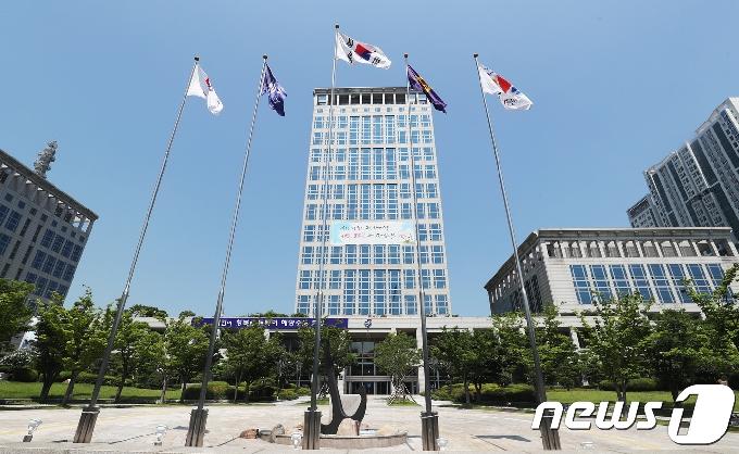 부산시, 꿈드림 청소년단 20명 위촉…학교 밖 청소년 대변 역할
