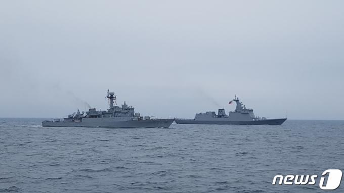 해군 함정서 32명 코로나19 무더기 확진…전수검사 실시