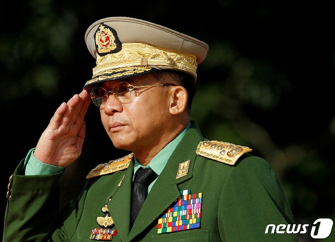 미얀마 군부, 임시정부에 족쇄…각료 전원 체포영장 발부