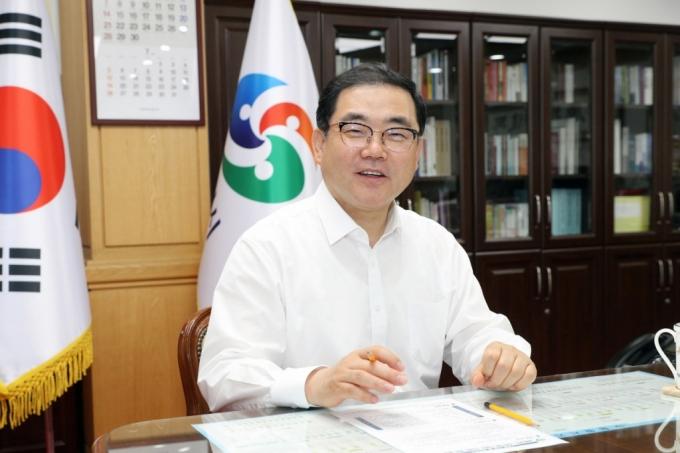 허성무 창원시장 3·15특별법 국회 행정안전위 법안소위 통과 환영