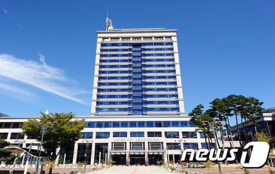 민선 7기 전북도, 정무적 역량 필요한 주요 현안사업 줄줄이 '삐끗'