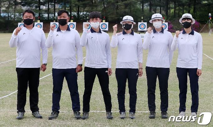 [사진] 파이팅 외치는 도쿄올림픽 양궁 국가대표