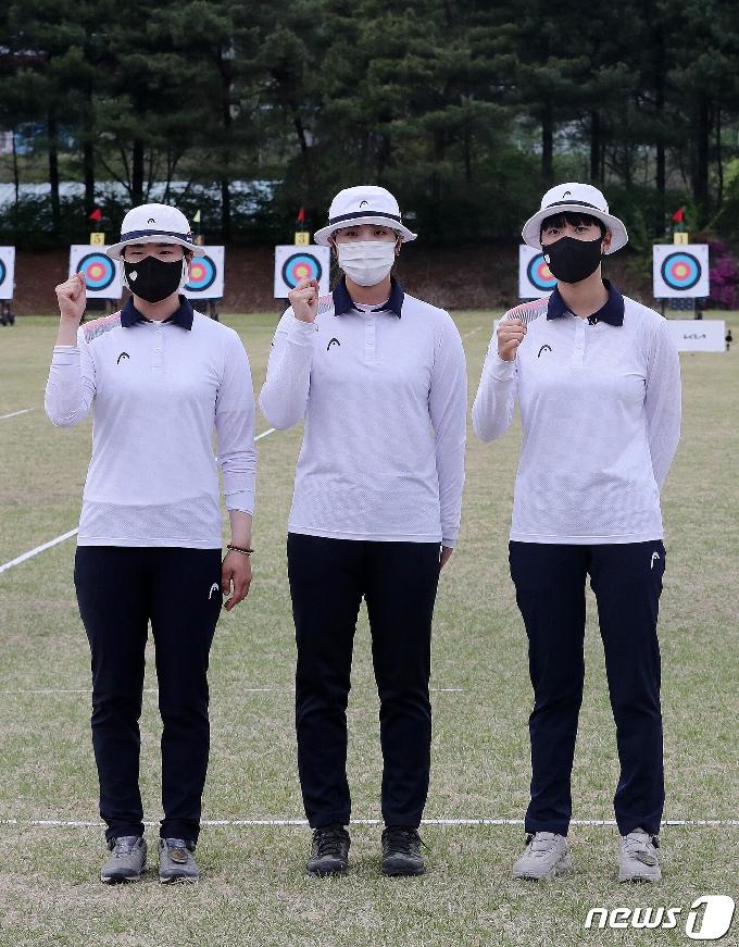 [사진] 파이팅 외치는 도쿄올림픽 양궁 여자부 국가대표