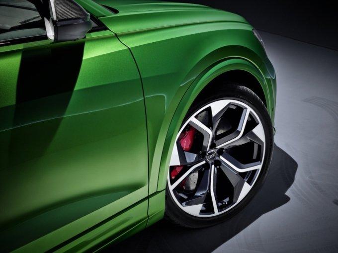 아우디 RS Q8에 장착된 한국타이어 제품/사진제공=한국타이어