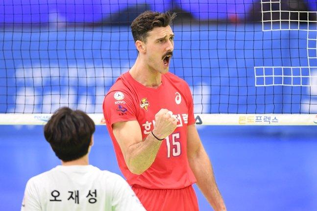 한국전력 시절의 러셀./사진=KOVO