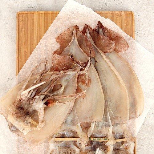강원도 속초의 반건조오징어(피데기). /사진=수협쇼핑