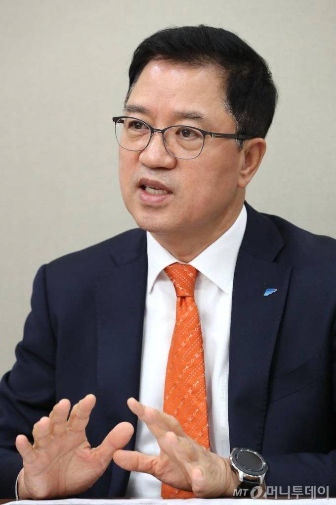 신재영 한국포스증권 대표  /사진=이기범 기자 leekb@