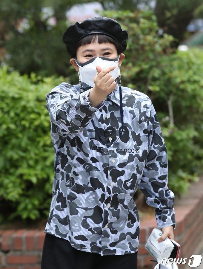 [사진] 김신영, 다비이모의 하트