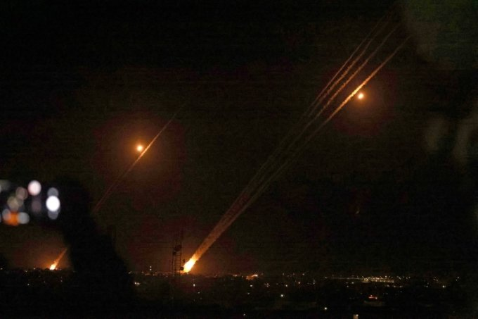하마스가 이스라엘을 향해 발사한 로켓포. /사진=AFP