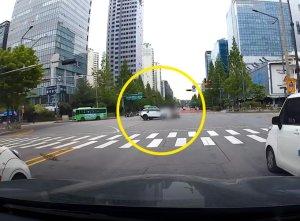 박신영 사고 당시 블랙박스 영상 공개…충돌 후 수십미터 이동