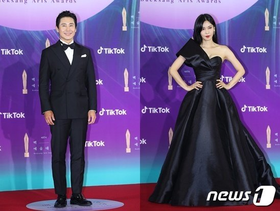 배우 신하균(왼쪽)과 김소연 / 사진제공=백상예술대상 사무국 © 뉴스1© 뉴스1