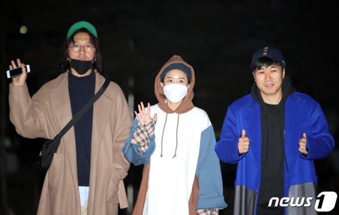 혼성그룹 코요태 빽가(왼쪽부터), 신지, 김종민/사진=뉴스1