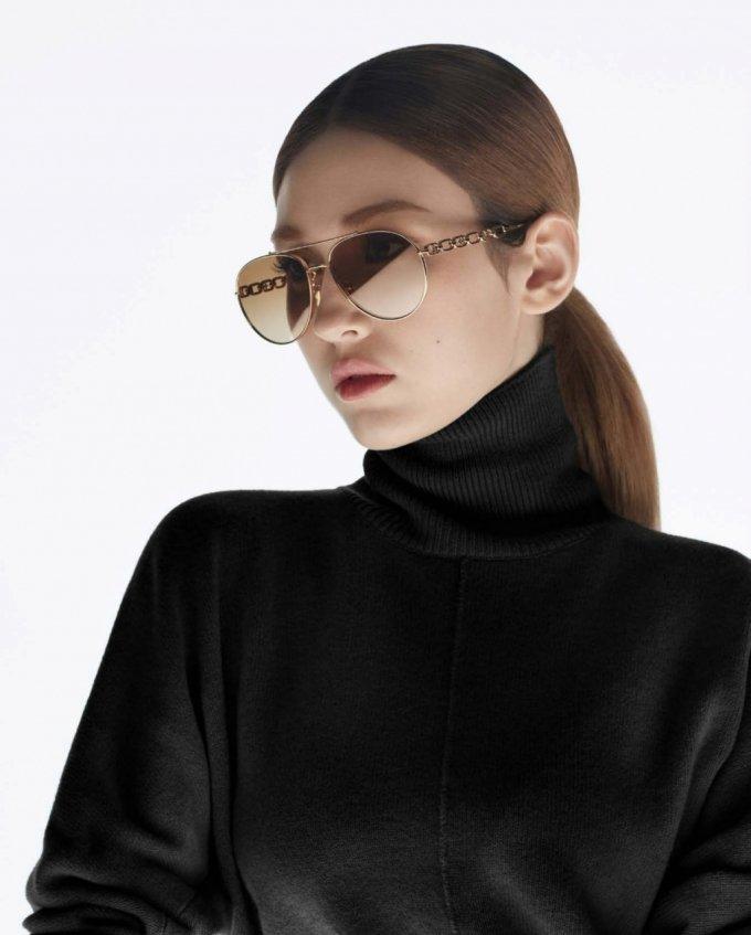 루이비통 아이웨어 컬렉션을 착용한 가수 전소미/사진제공=루이 비통(Louis Vuitton)