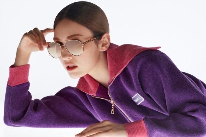 루이비통 아이웨어 컬렉션을 착용한 가수 전소미/사진제공=루이비통(Louis Vuitton)