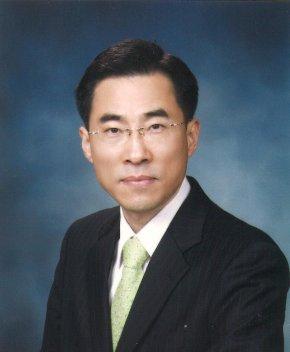 용홍택 과학기술정보통신부 1차관