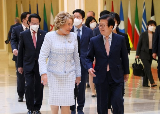 """박병석 의장, 러 상원의장에 """"한반도 평화프로세스 큰 역할 기대"""""""