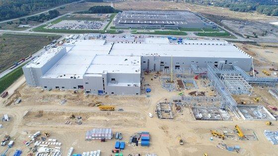 SK이노베이션의 분리막 등 소재 자회사 SKIET가 올해 3분기 양산 시작하는 폴란드 분리막 공장에 대해 친환경 전력 도입 계약을 체결했다고 지난 4월 밝혔다. 국내 공장에 이어 해외 개별 사업장에서도 100% 친환경 전력을 도입한 것이다./사진=머니투데이DB