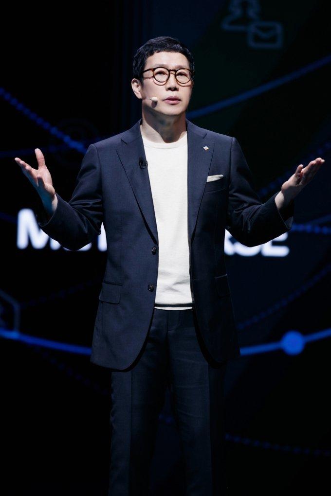 강호성 CJ ENM 대표가 31일 서울 마포구 CJ ENM센터에서 진행된 '비전스트림' 행사에서 발표하고 있다. /사진=CJ ENM