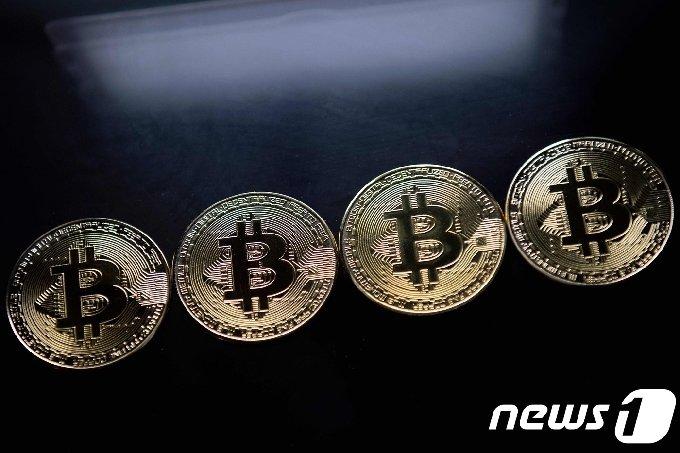 가상의 비트코인 동전/AFP= 뉴스1