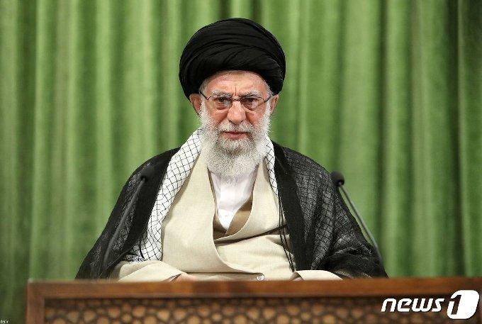 이란 최고지도자 아야톨라 세예드 알리 하메네이© AFP=뉴스1