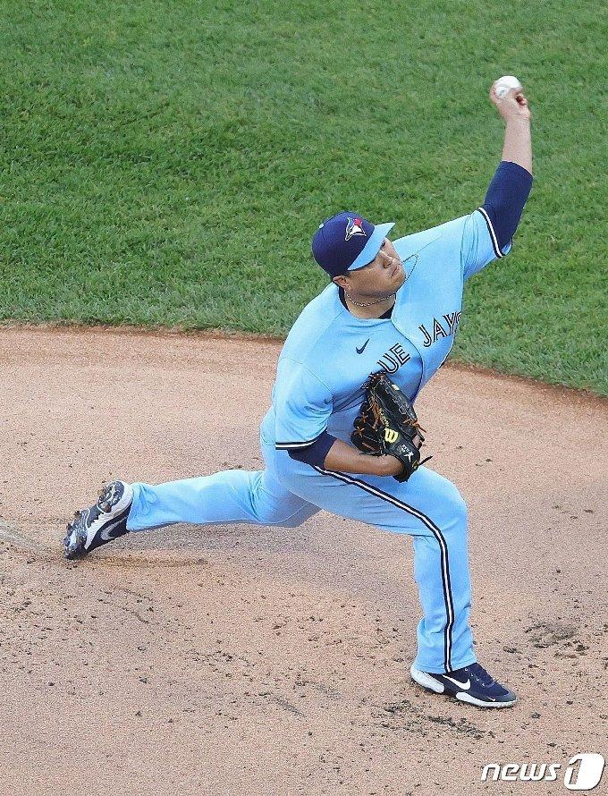 류현진은 10일(한국시간) 시카고 화이트삭스전에서 패전을 기록했다. © AFP=뉴스1