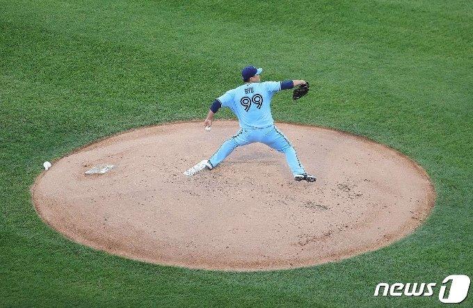 류현진은 11일(한국시간) 시카고 화이트삭스전에서 패전투수가 됐다. © AFP=뉴스1