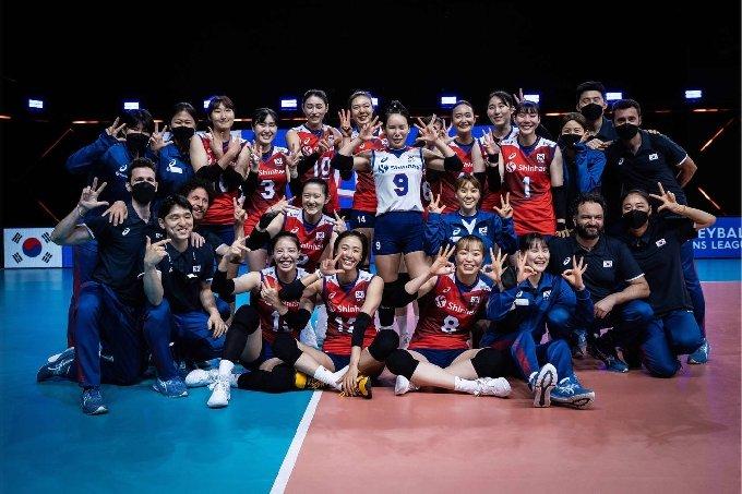 한국 여자배구대표팀이 캐나다를 꺾고 VNL 3승째를 수확했다. (국제배구연맹 제공) © 뉴스1