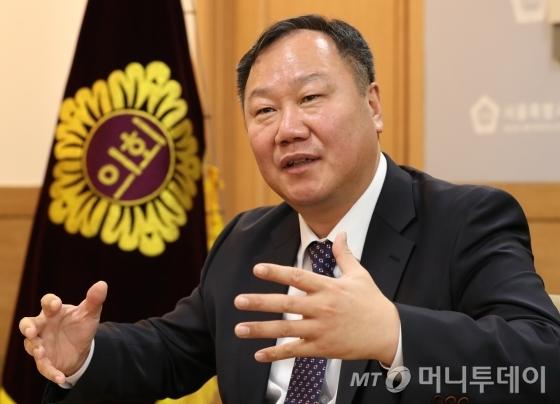김인호 의장