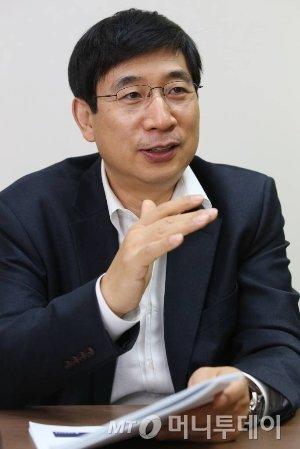 허남권 신영자산운용 대표