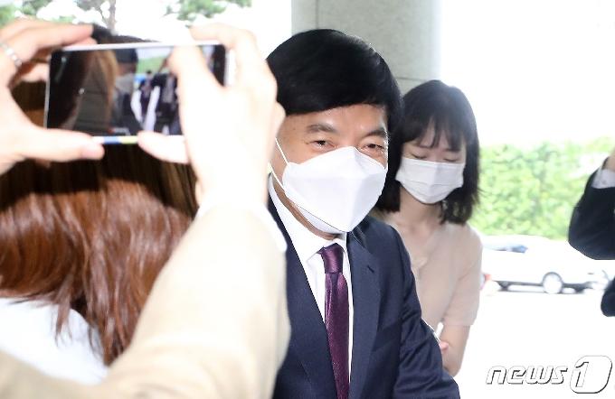 이성윤, '김학의 출금' 차규근·이규원과 재판 따로 받는다…병합 안해(종합)